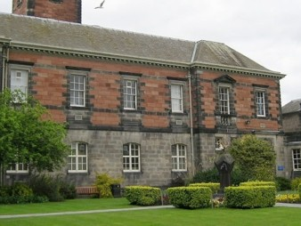 university_of_dundee3-min