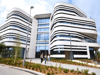 Bournemouth_University-min